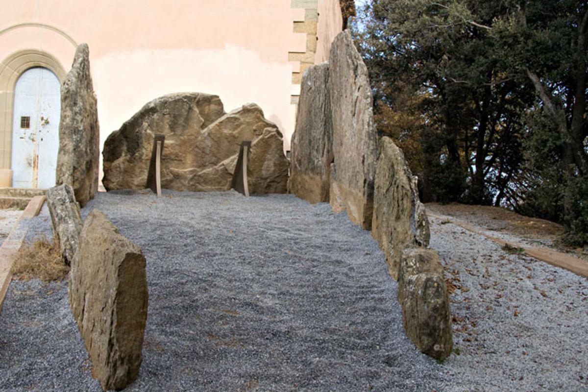 Dolmen de St. Jordi